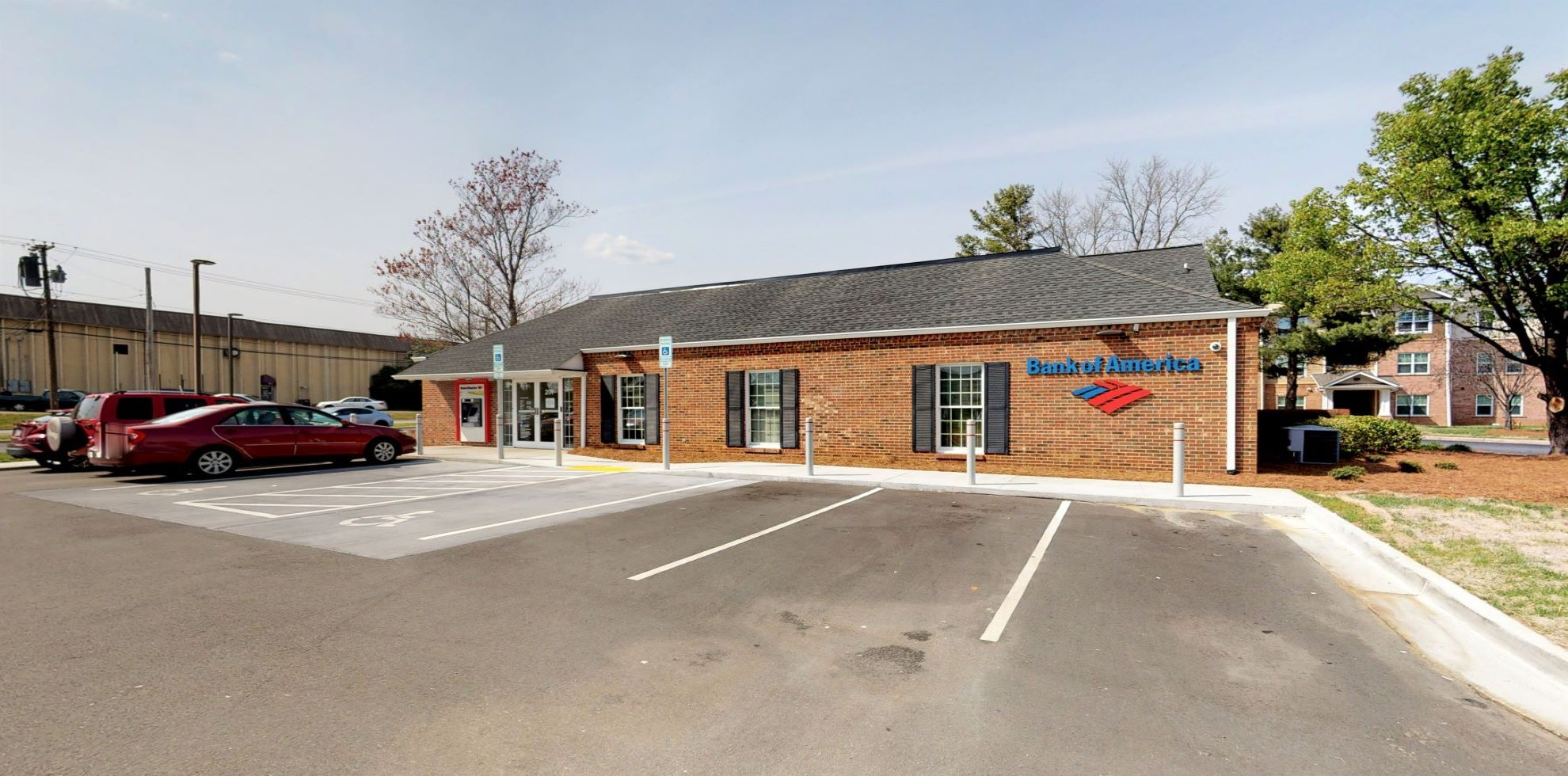Bank of America financial center with drive-thru ATM   201 E Parris Ave, High Point, NC 27262