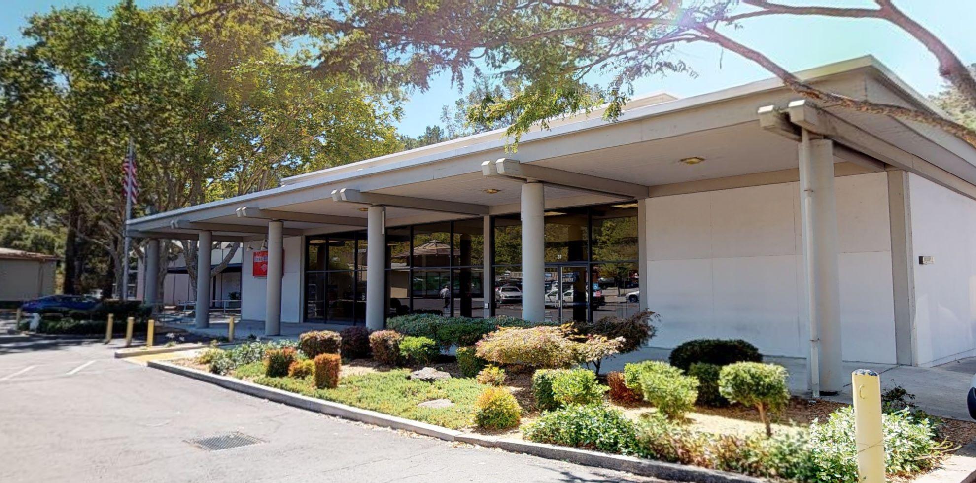 Bank of America financial center with walk-up ATM   31 Orinda Way, Orinda, CA 94563