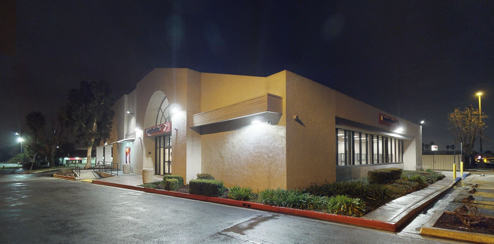 Bank of America financial center with drive-thru ATM | 12350 Perris Blvd, Moreno Valley, CA 92557