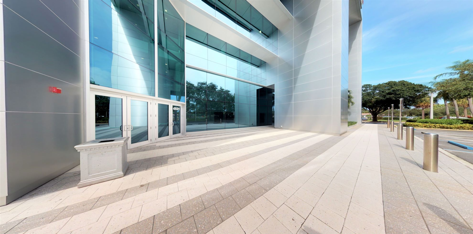 Bank of America financial center with drive-thru ATM and teller | 4601 Sheridan St, Hollywood, FL 33021