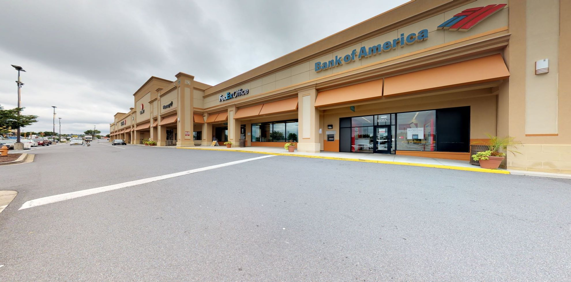 Bank of America financial center with drive-thru ATM | 10315 Reisterstown Rd, Owings Mills, MD 21117