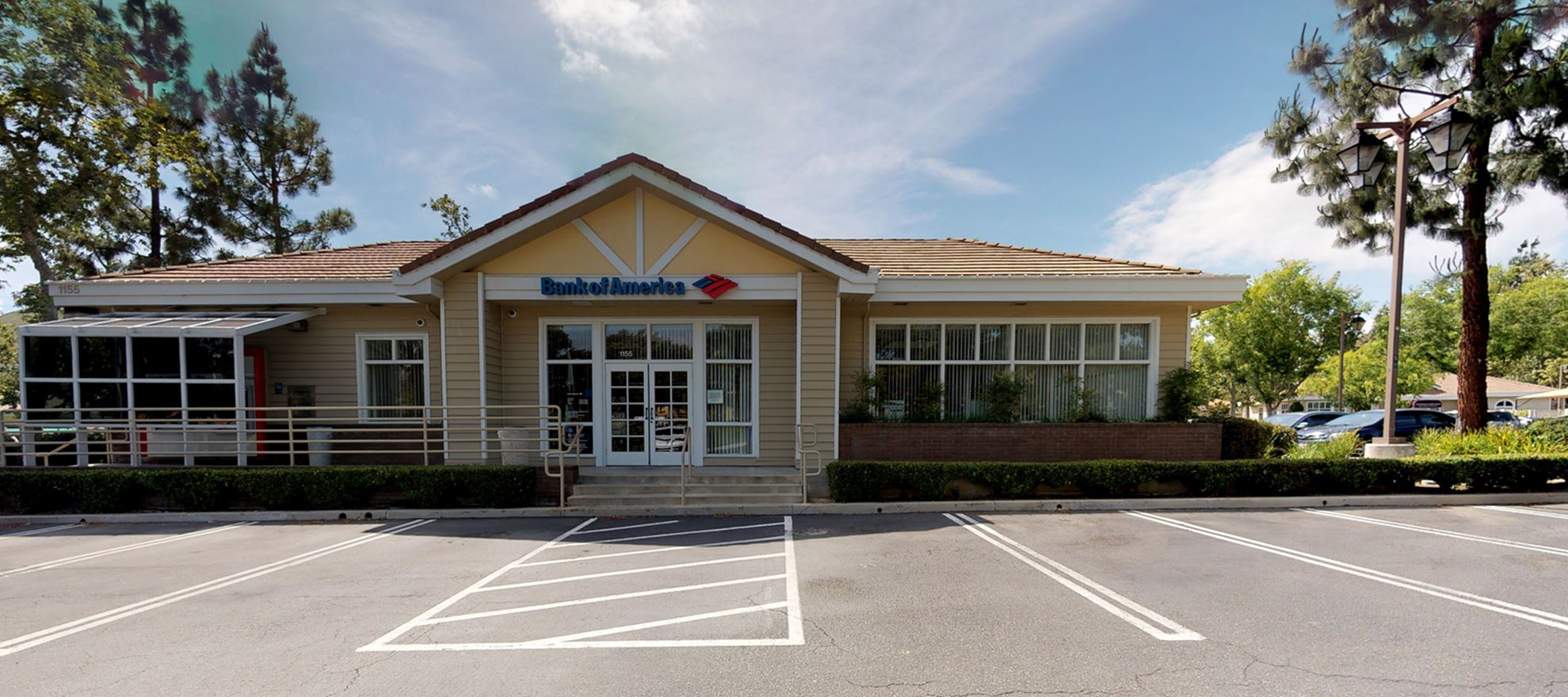 Bank of America financial center with walk-up ATM | 1155 Lindero Canyon Rd, Westlake Village, CA 91362
