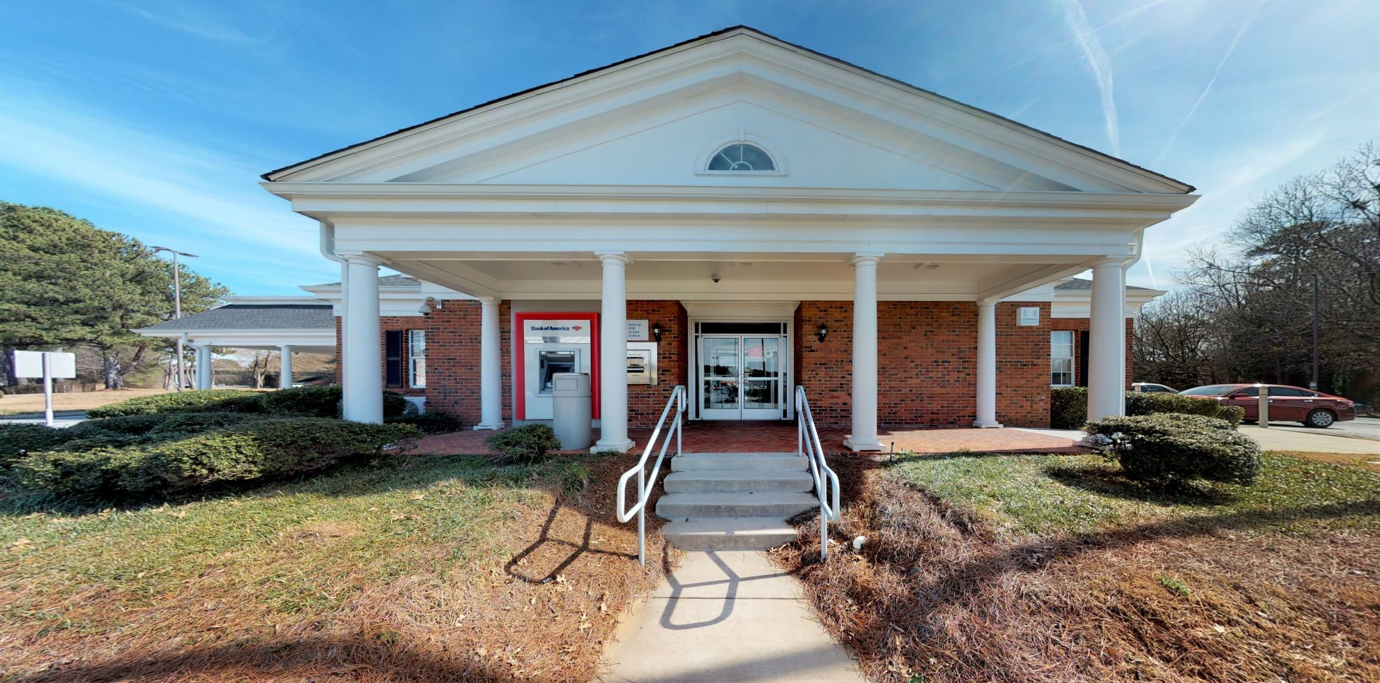 Bank of America financial center with drive-thru ATM | 2052 Lawrenceville Hwy, Decatur, GA 30033