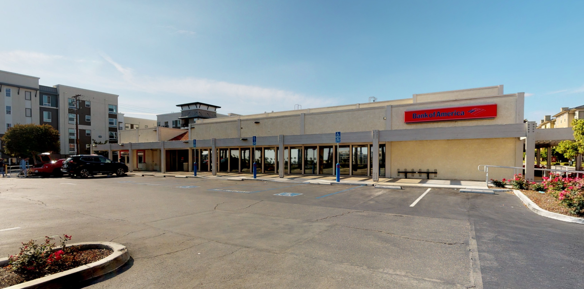 Bank of America financial center with drive-thru ATM | 1701 E Katella Ave, Anaheim, CA 92805