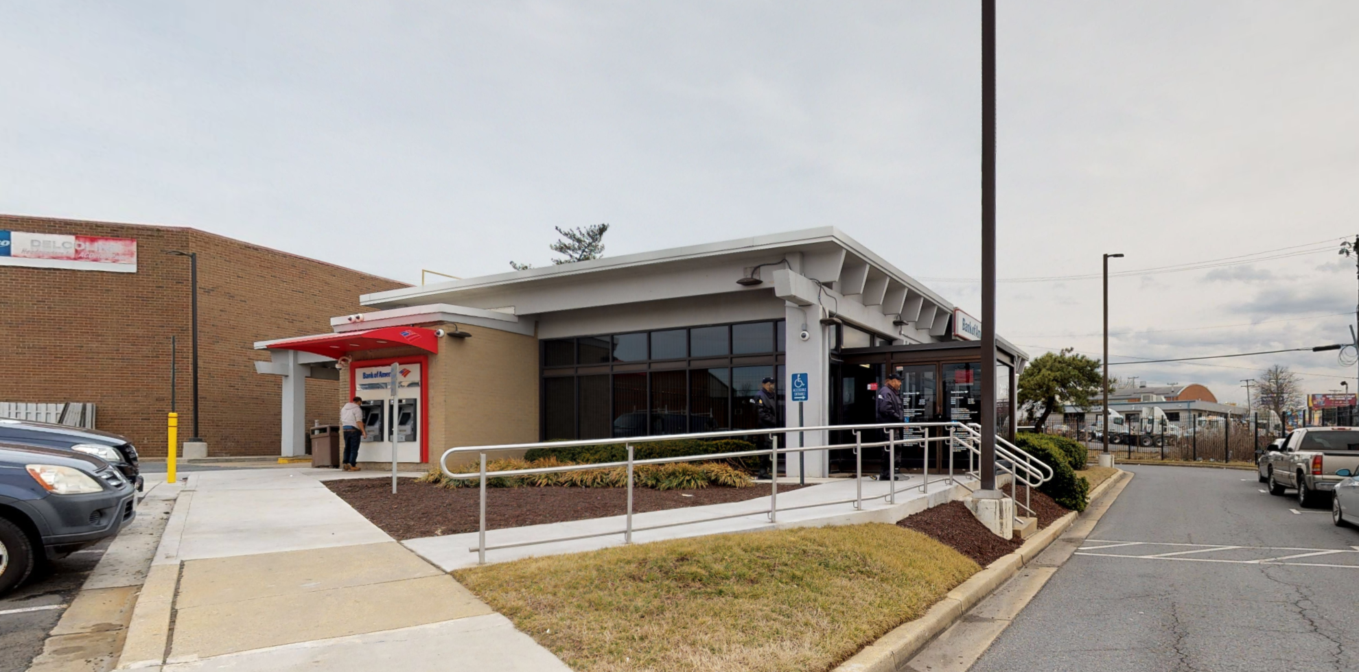 Bank of America financial center with drive-thru ATM | 3413 Kenilworth Ave, Hyattsville, MD 20781