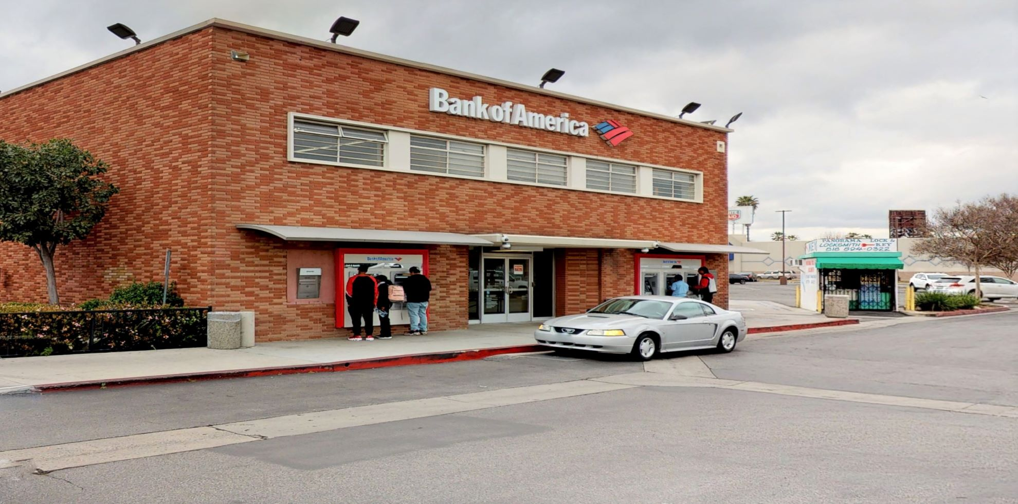 Bank of America financial center with walk-up ATM | 8324 Van Nuys Blvd, Panorama City, CA 91402