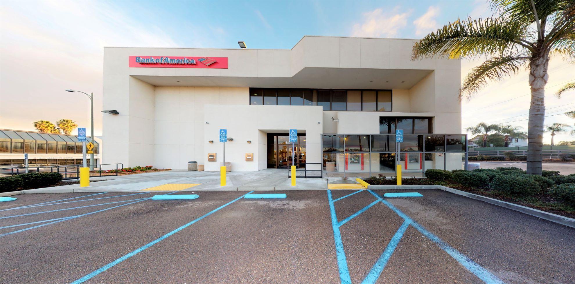 Bank of America financial center with walk-up ATM | 220 S Escondido Blvd, Escondido, CA 92025