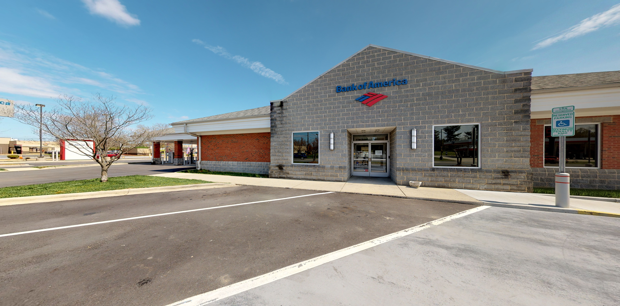 Bank of America financial center with drive-thru ATM | 1023 Randolph St, Thomasville, NC 27360