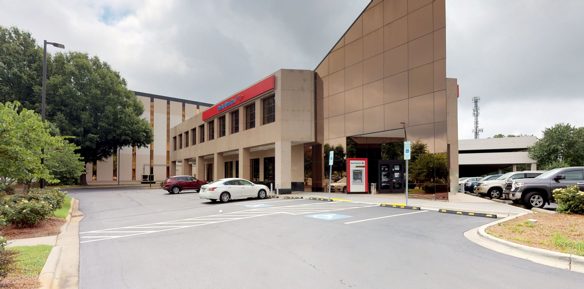 Bank of America financial center with drive-thru ATM | 6200 Fairview Rd, Charlotte, NC 28210