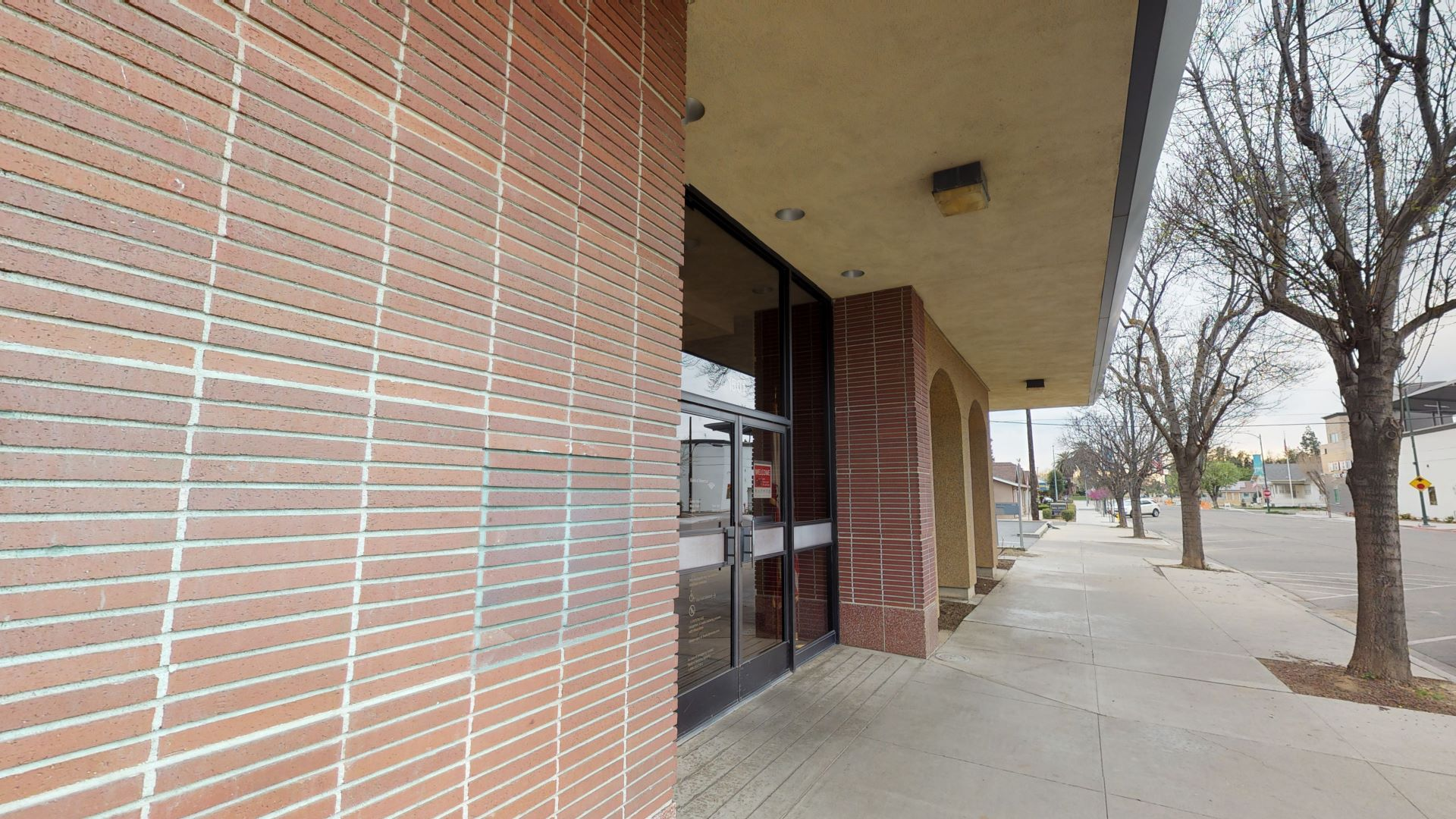 Bank of America financial center with walk-up ATM   1501 7th St, Sanger, CA 93657