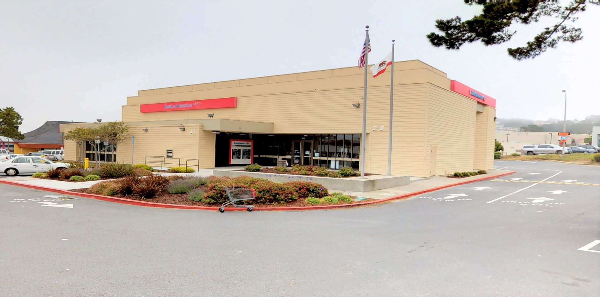 Bank of America financial center with drive-thru ATM | 391 Gellert Blvd, Daly City, CA 94015