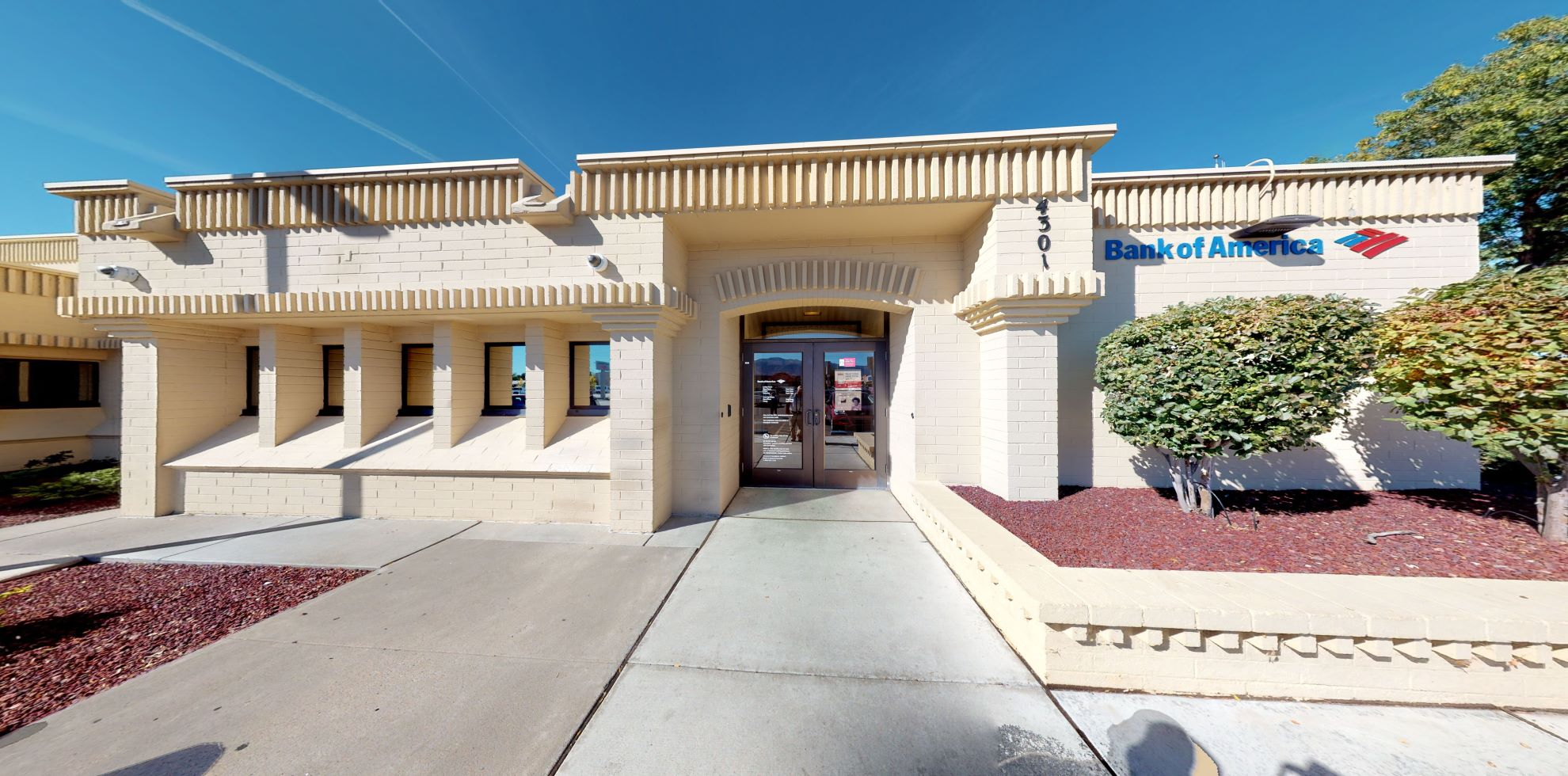 Bank of America financial center with drive-thru ATM and teller | 4301 Wyoming Blvd NE, Albuquerque, NM 87111
