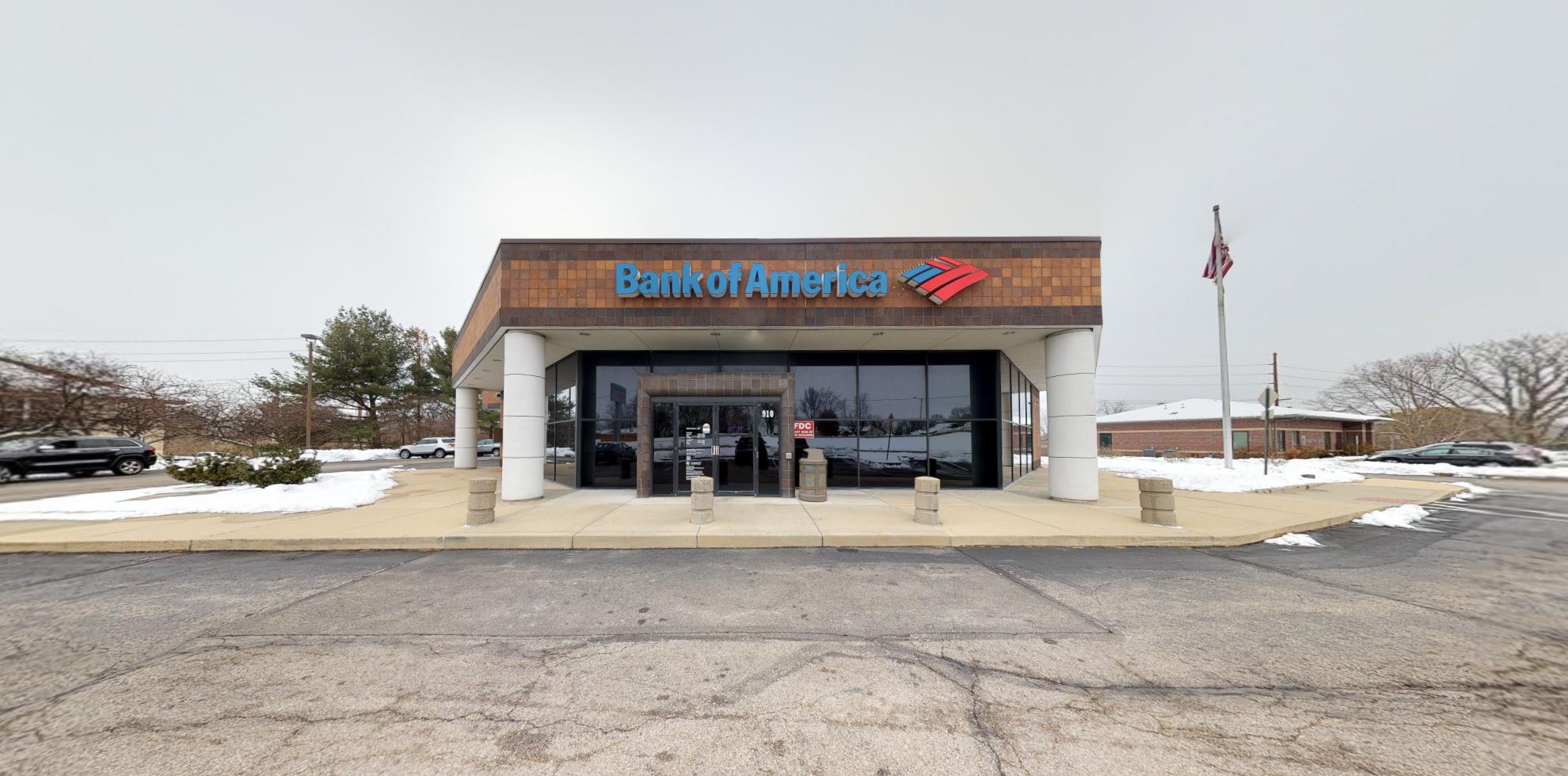 Bank of America financial center with drive-thru ATM   910 Talon Dr, O Fallon, IL 62269