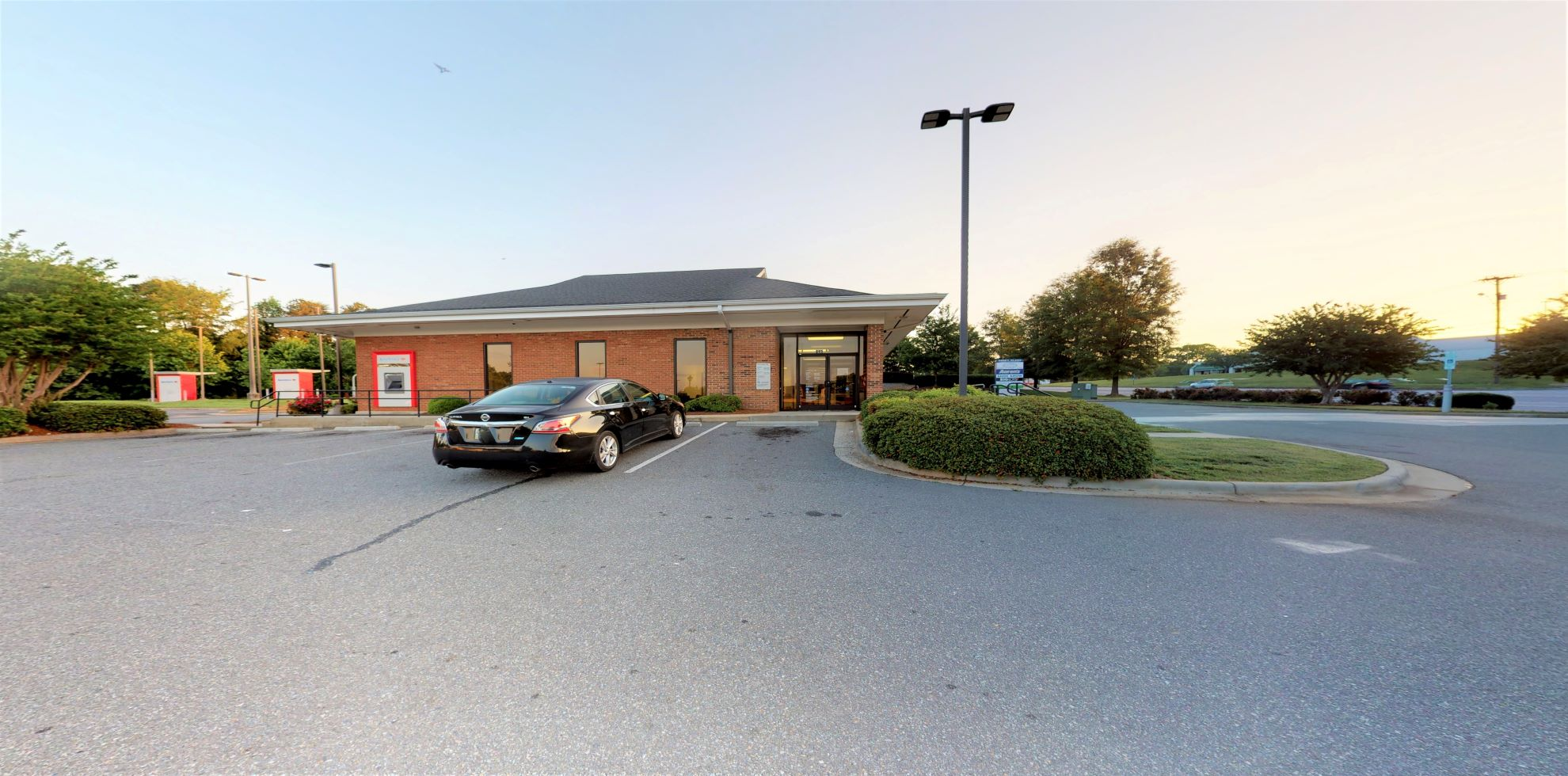 Bank of America financial center with drive-thru ATM | 645 Park St, Belmont, NC 28012