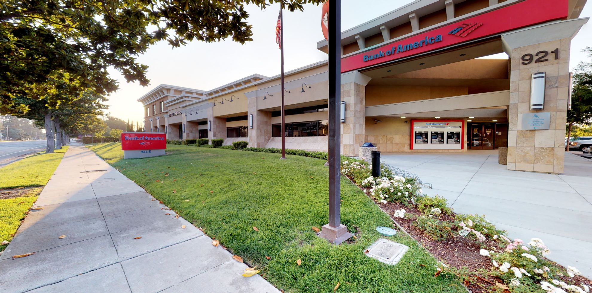 Bank of America financial center with walk-up ATM | 921 E Arques Ave, Sunnyvale, CA 94085