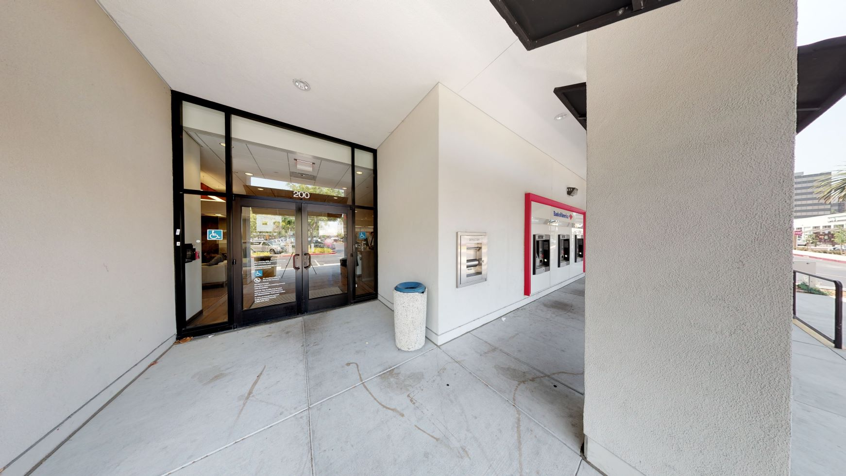Bank of America financial center with drive-thru ATM | 1875 S Bascom Ave, Campbell, CA 95008