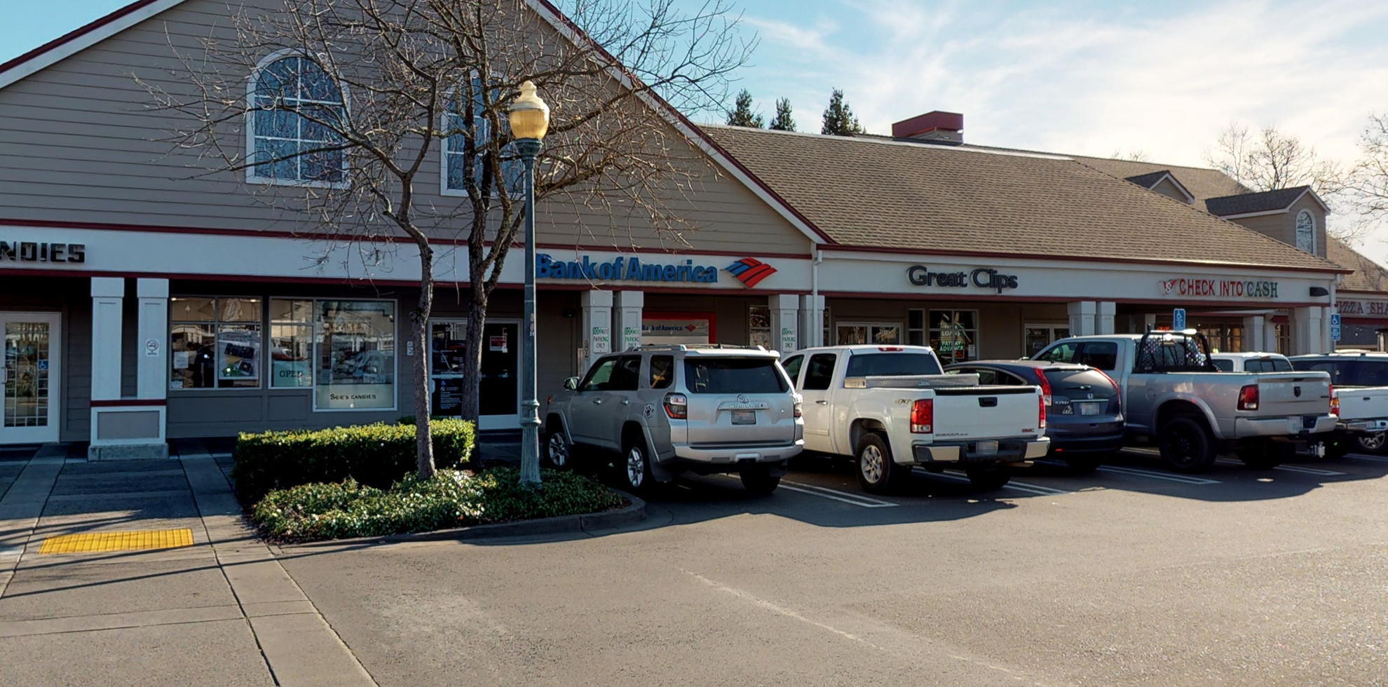 Bank of America financial center with walk-up ATM   9022 Brooks Rd S, Windsor, CA 95492