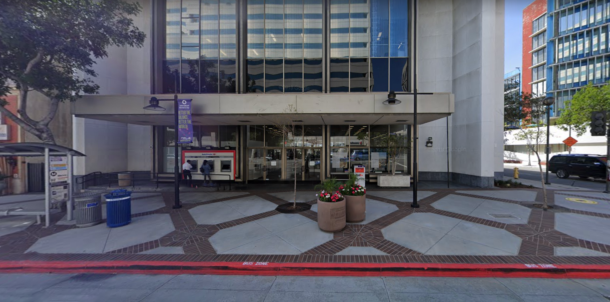 Bank of America financial center with walk-up ATM   345 N Brand Blvd, Glendale, CA 91203