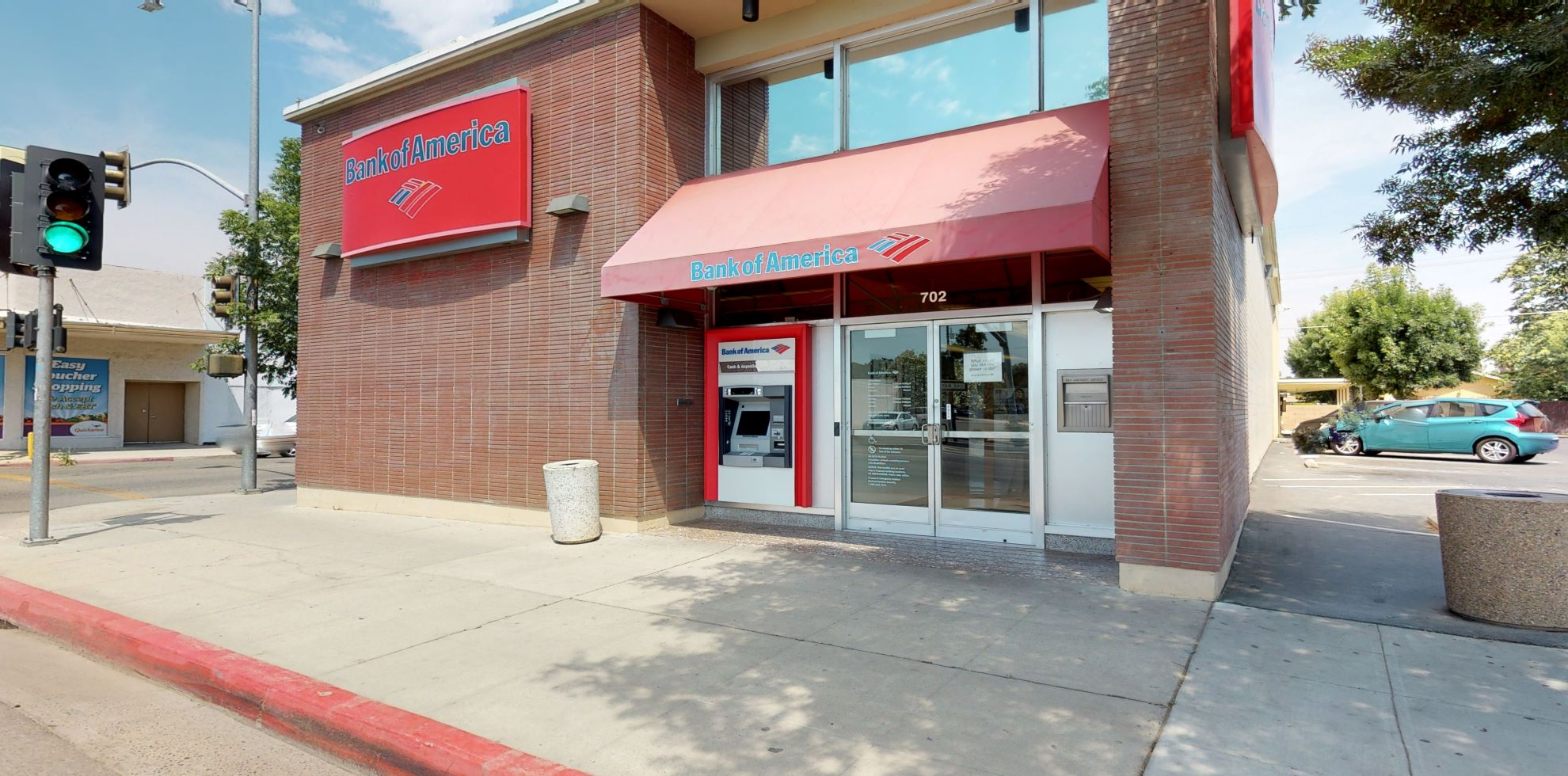 Bank of America financial center with walk-up ATM | 702 S Madera Ave, Kerman, CA 93630