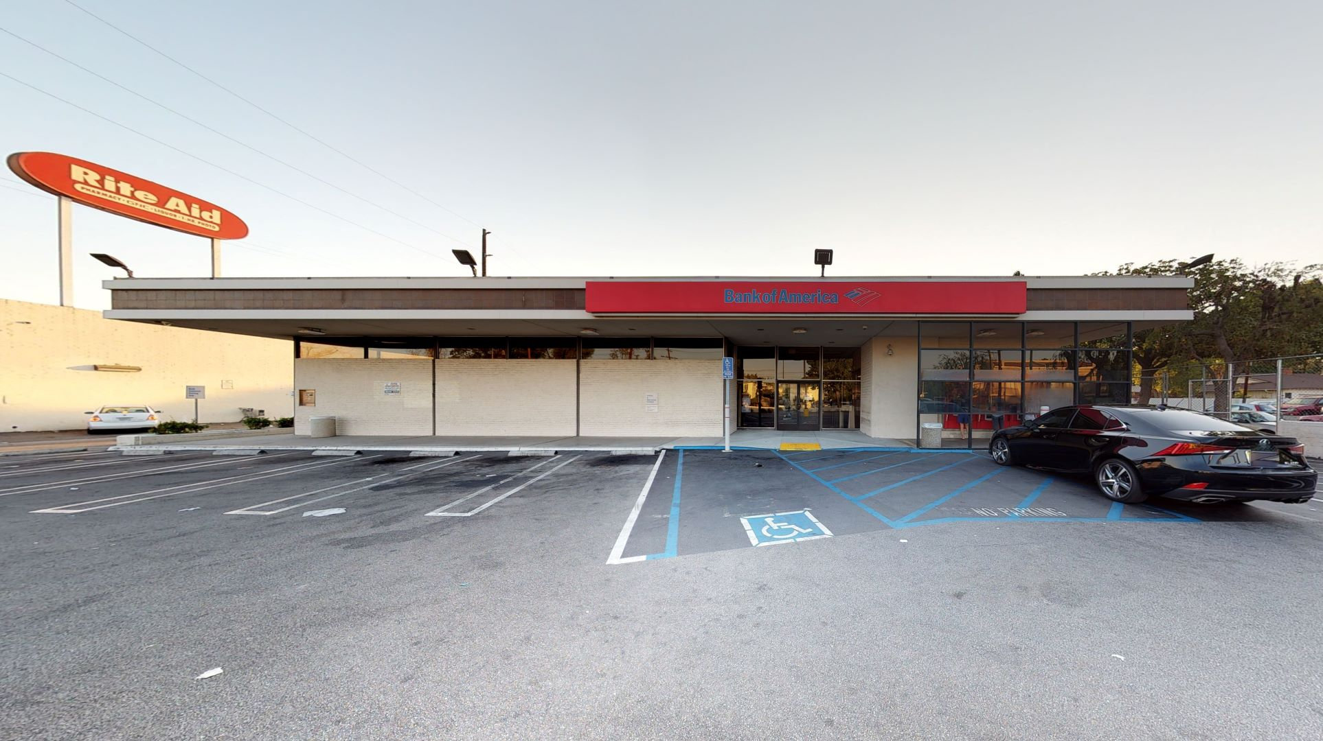 Bank of America financial center with walk-up ATM | 7255 Woodman Ave, Van Nuys, CA 91405